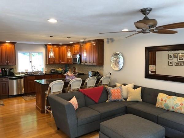 63 Cottage Street #5, Newton, MA 02464 (MLS #72343738) :: ALANTE Real Estate