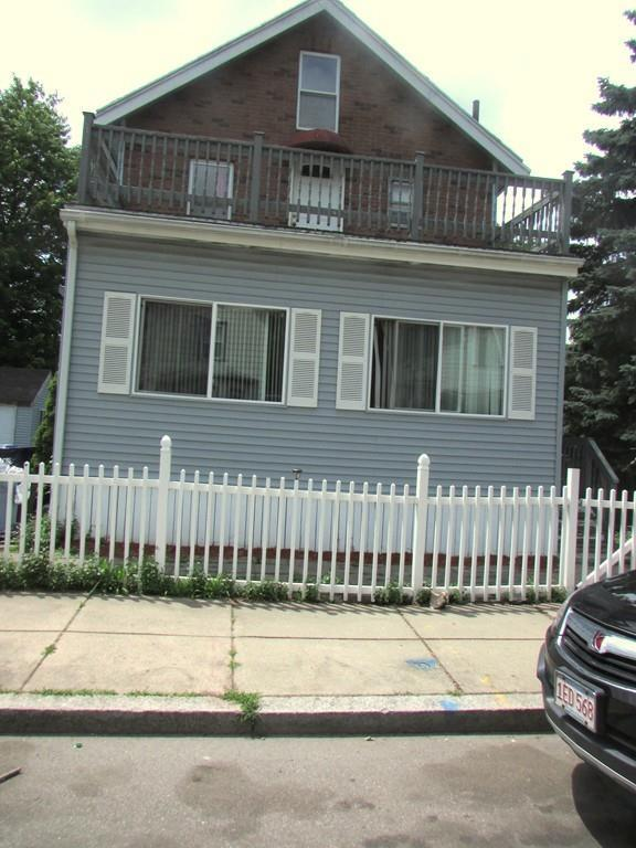 39 Chipman St, Boston, MA 02124 (MLS #72356971) :: The Muncey Group