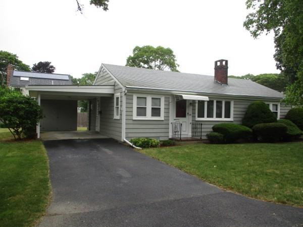 44 Russell Road, Falmouth, MA 02540 (MLS #72362563) :: Vanguard Realty