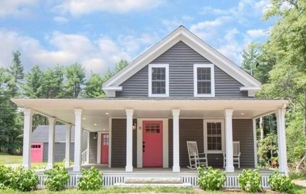 111 Pleasant St, Middleboro, MA 02346 (MLS #72363589) :: ALANTE Real Estate