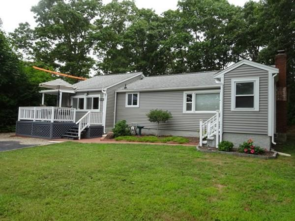 27 Silver Birch Ave, Plymouth, MA 02360 (MLS #72389500) :: Local Property Shop