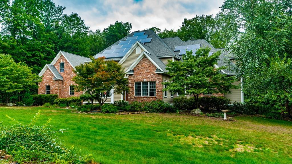 Sensational 53 Old Farm Rd East Longmeadow Ma 01028 Mls 72394599 The Muncey Group Home Interior And Landscaping Palasignezvosmurscom