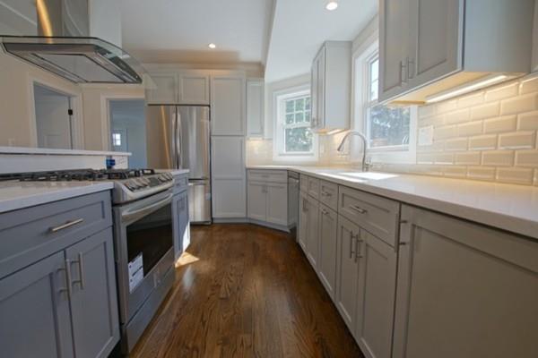 10 Newburg #2, Boston, MA 02131 (MLS #72406279) :: Commonwealth Standard Realty Co.