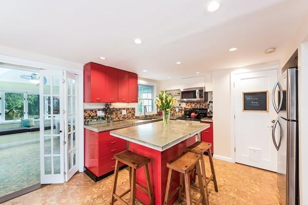 117 Sunnyside Avenue, Arlington, MA 02474 (MLS #72411801) :: Vanguard Realty