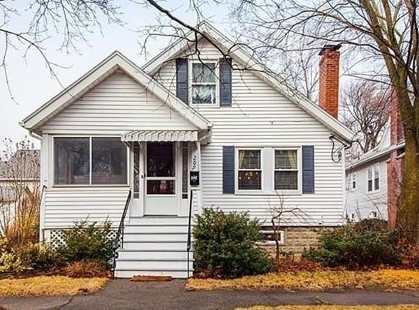 209 Hobart Street, Quincy, MA 02170 (MLS #72430542) :: Compass Massachusetts LLC
