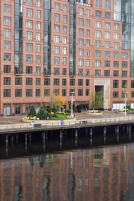 100 Lovejoy Wharf 3G, Boston, MA 02114 (MLS #72452870) :: AdoEma Realty