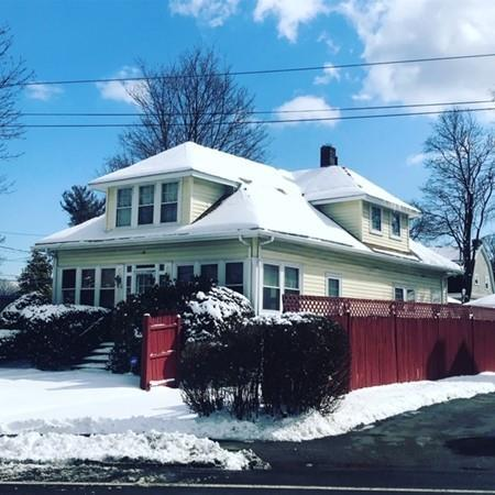 351 E Squantum St, Quincy, MA 02171 (MLS #72458479) :: Apple Country Team of Keller Williams Realty