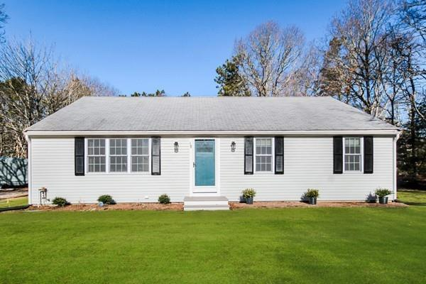 18 Chequaquet Way, Barnstable, MA 02632 (MLS #72462784) :: Westcott Properties
