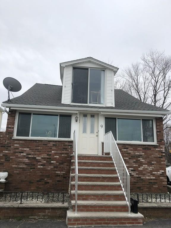 9 Chick St, Quincy, MA 02170 (MLS #72475741) :: Westcott Properties