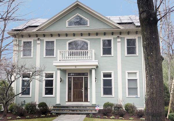 9 Crown Ridge Road, Wellesley, MA 02482 (MLS #72480418) :: The Gillach Group