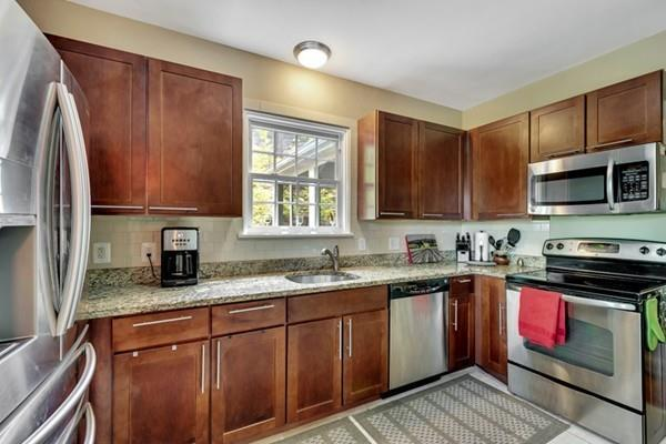 58 E Quinobequin Rd., Newton, MA 02468 (MLS #72497487) :: Apple Country Team of Keller Williams Realty