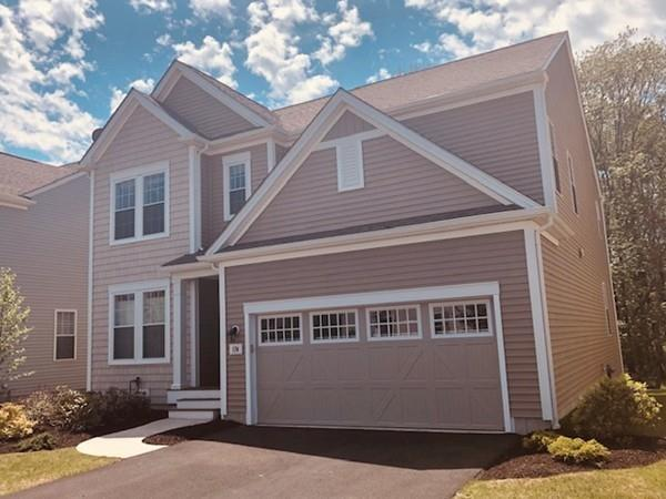 174 Stonehaven Dr, Weymouth, MA 02190 (MLS #72500933) :: Apple Country Team of Keller Williams Realty