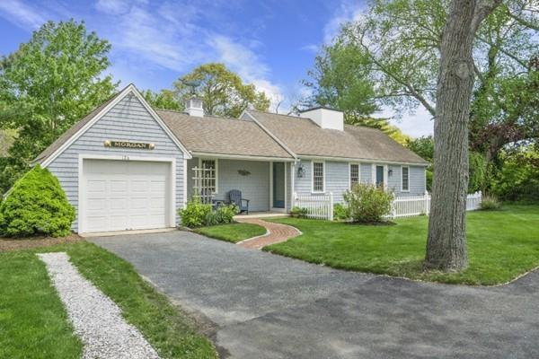 126 Bay Street, Barnstable, MA 02655 (MLS #72502496) :: DNA Realty Group