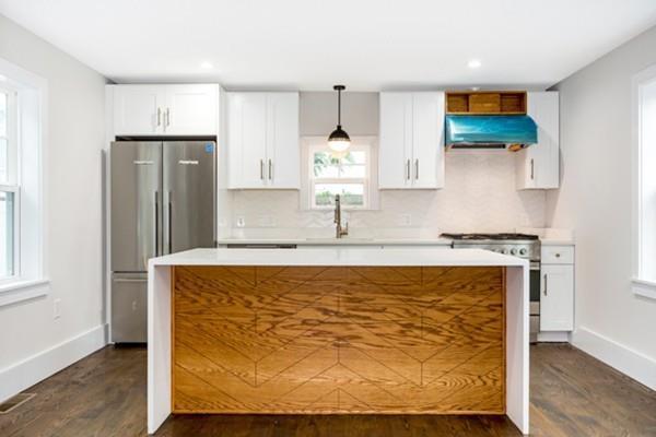 10 Brook St #2, Somerville, MA 02145 (MLS #72536341) :: EdVantage Home Group