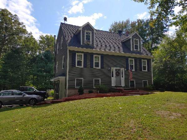 395 Woodland Ave, Seekonk, MA 02771 (MLS #72538063) :: RE/MAX Vantage