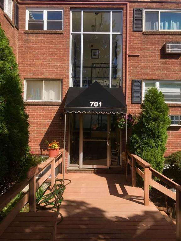 701 Adams St #8, Boston, MA 02122 (MLS #72565294) :: Westcott Properties