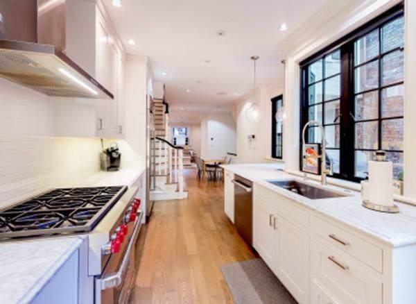 13 Walnut St #1, Boston, MA 02108 (MLS #72578097) :: Berkshire Hathaway HomeServices Warren Residential