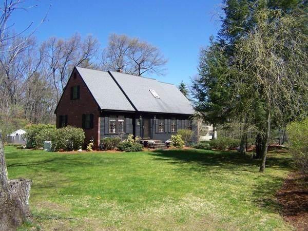 3 Sandalwood Ln, Andover, MA 01810 (MLS #72581946) :: Kinlin Grover Real Estate