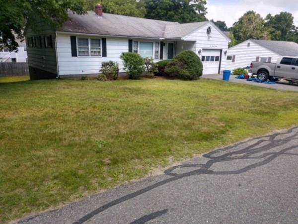 150 Albee St, Fitchburg, MA 01420 (MLS #72582438) :: Kinlin Grover Real Estate