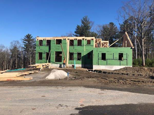 7 Boyden Lane, Walpole, MA 02081 (MLS #72587576) :: Berkshire Hathaway HomeServices Warren Residential