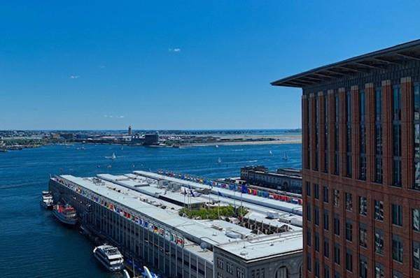 135 Seaport Boulevard #1802, Boston, MA 02210 (MLS #72589724) :: Berkshire Hathaway HomeServices Warren Residential