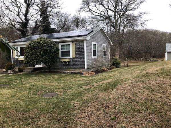 669 Horseneck Road, Dartmouth, MA 02748 (MLS #72617717) :: The Duffy Home Selling Team