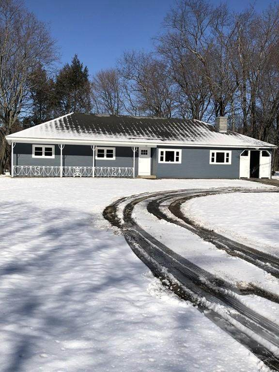 121 N Lowell St, Methuen, MA 01844 (MLS #72618417) :: DNA Realty Group