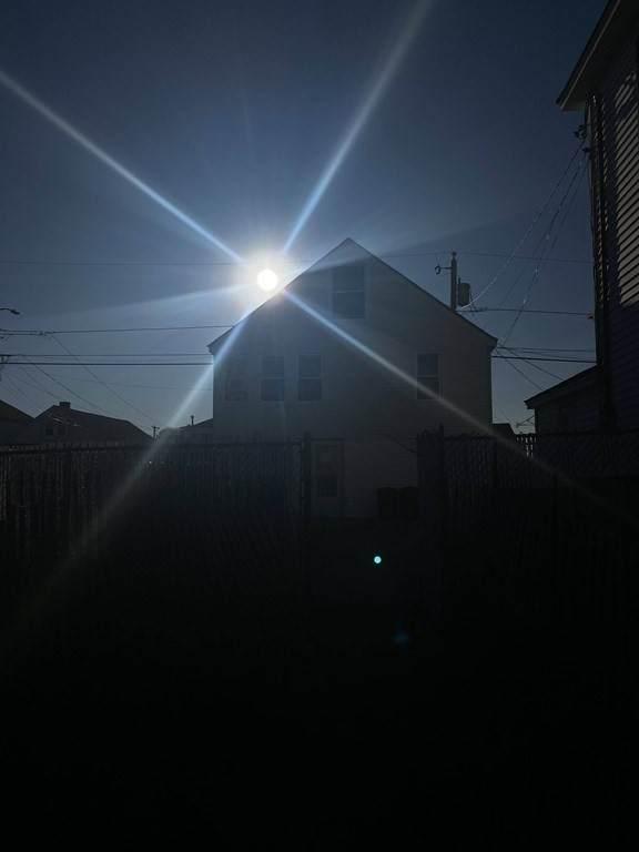 https://bt-photos.global.ssl.fastly.net/mlspin/orig_boomver_2_72631022_1.jpg