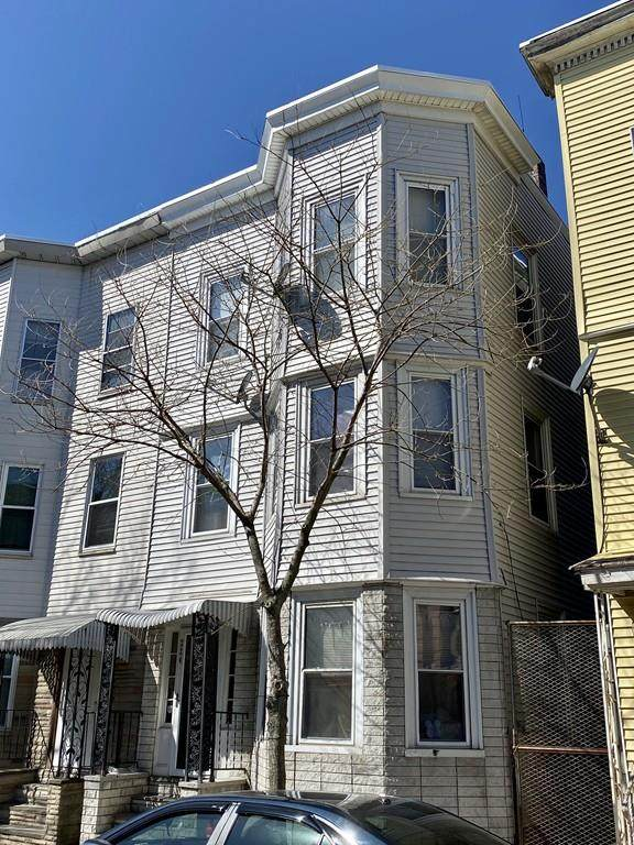 224 Paris Street, Boston, MA 02128 (MLS #72633824) :: Taylor & Lior Team