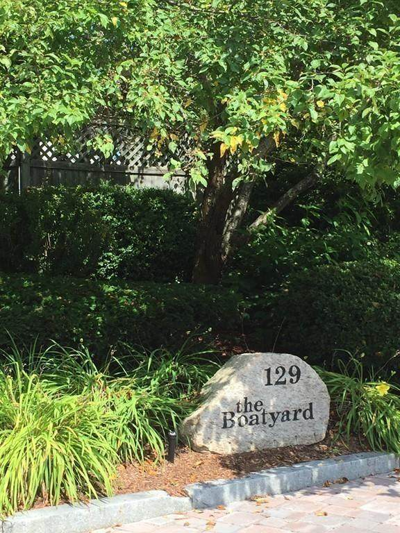 129 Falmouth Heights Rd #3, Falmouth, MA 02540 (MLS #72646461) :: The Seyboth Team