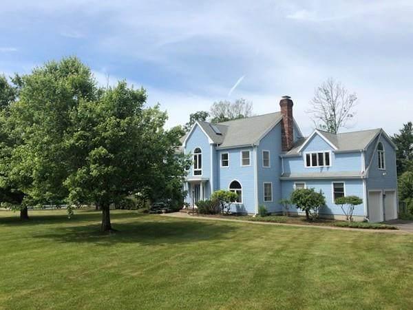 88 Bullard St, Sherborn, MA 01770 (MLS #72667038) :: Spectrum Real Estate Consultants
