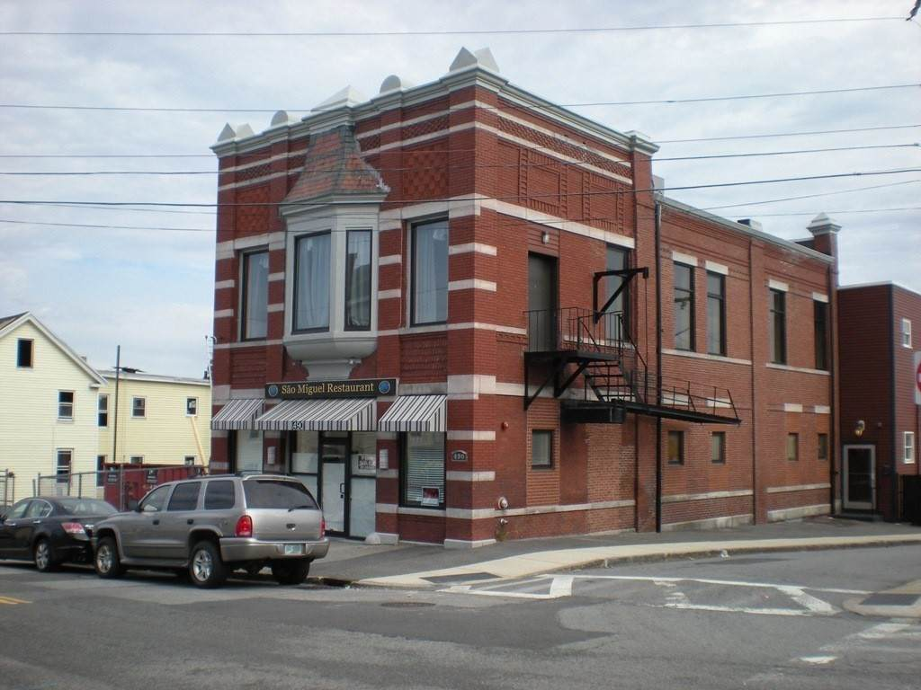 490 Central St - Photo 1