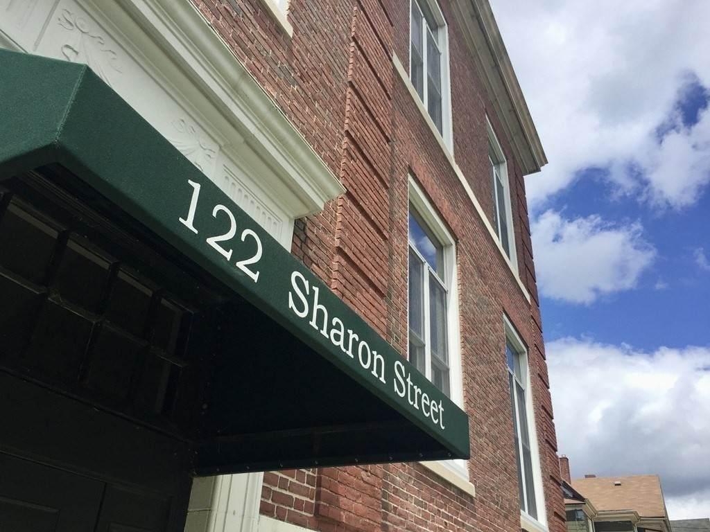 122 Sharon St - Photo 1