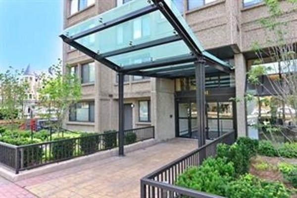 1731 Beacon St #605, Brookline, MA 02445 (MLS #72715309) :: Parrott Realty Group