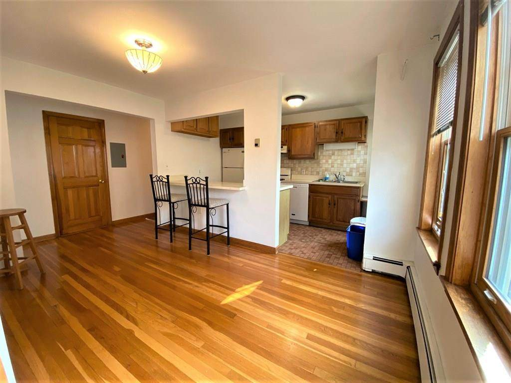 77 Liberty Avenue - Photo 1