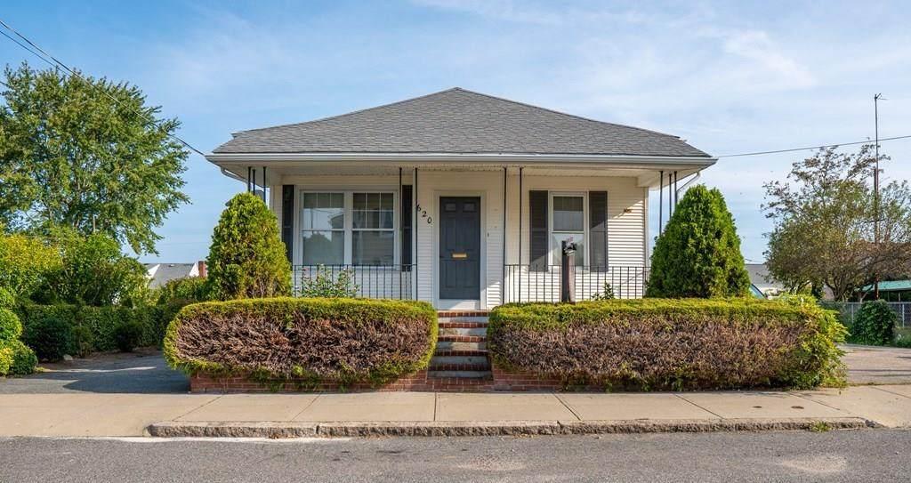 620 Hicks Street - Photo 1