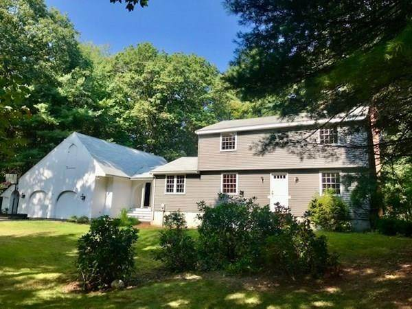 40 Cedar Lane, North Andover, MA 01845 (MLS #72732184) :: Exit Realty