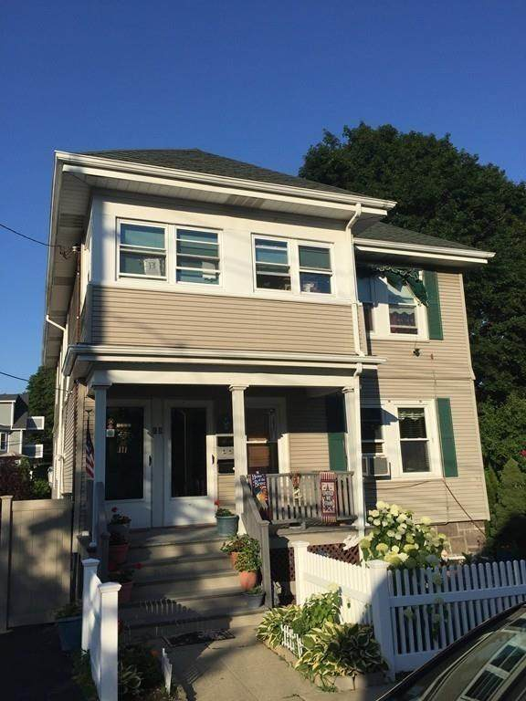 8 Narragansett Street - Photo 1