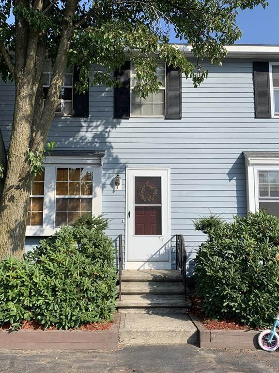 1847 Middlesex St #4, Lowell, MA 01851 (MLS #72733916) :: The Duffy Home Selling Team