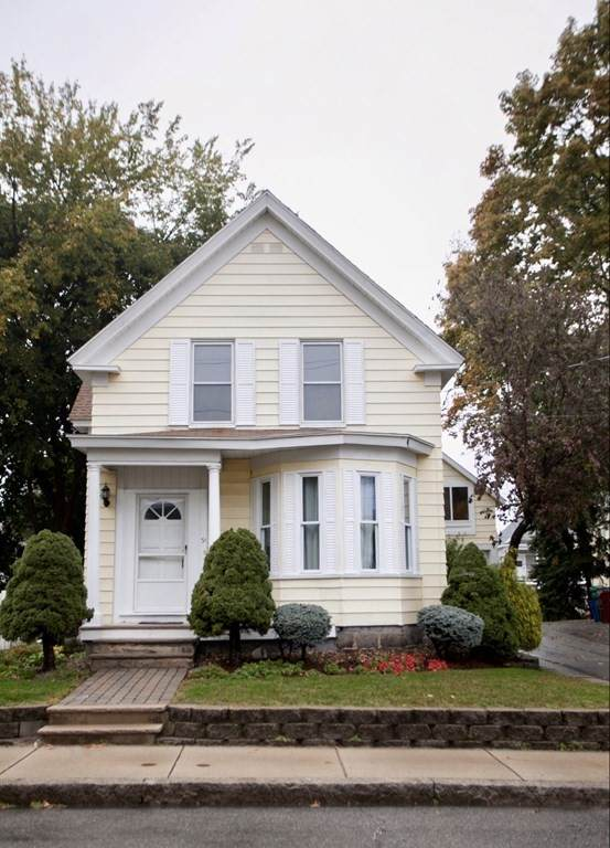 31 Jenness St, Lowell, MA 01851 (MLS #72742393) :: Zack Harwood Real Estate | Berkshire Hathaway HomeServices Warren Residential