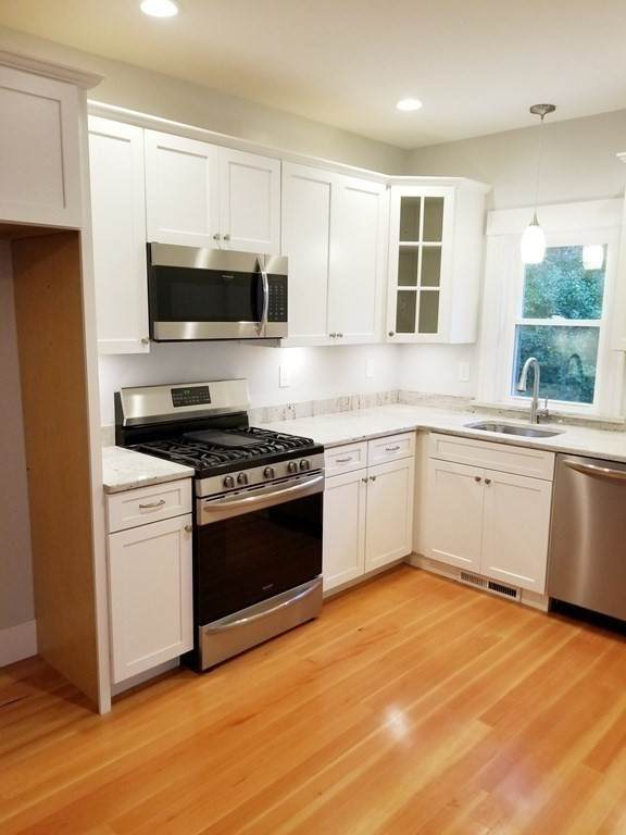 219 Andrews St, Dighton, MA 02764 (MLS #72745968) :: Kinlin Grover Real Estate