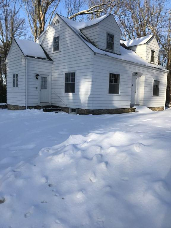 29 Mumford, Douglas, MA 01516 (MLS #72756716) :: Spectrum Real Estate Consultants