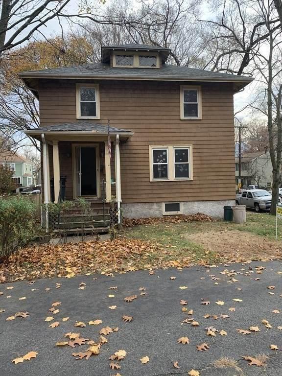 113 Elm St, Medford, MA 02155 (MLS #72760278) :: Kinlin Grover Real Estate