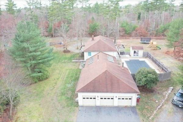 19 Holly Tree Lane, Middleboro, MA 02346 (MLS #72761474) :: Cosmopolitan Real Estate Inc.