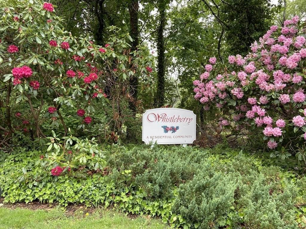 470 Whistleberry Dr - Photo 1