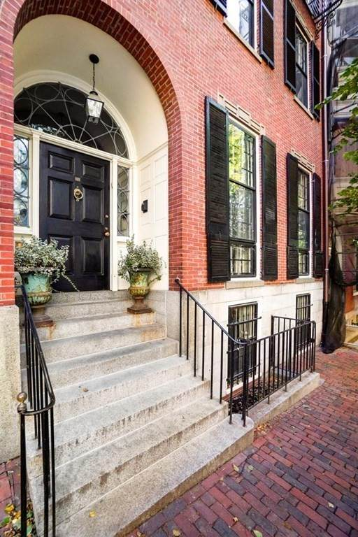 28 Chestnut Street, Boston, MA 02108 (MLS #72773955) :: Charlesgate Realty Group