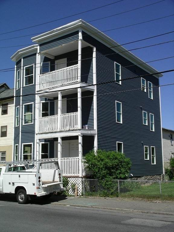 7-9 Daisy St, Lawrence, MA 01841 (MLS #72775777) :: Exit Realty