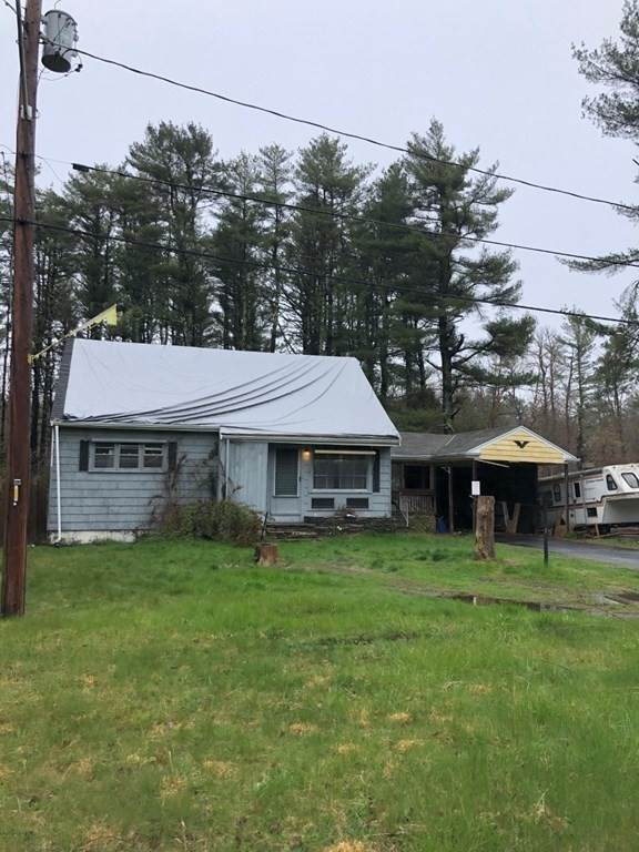 1327 Braley Rd, New Bedford, MA 02745 (MLS #72792260) :: The Gillach Group