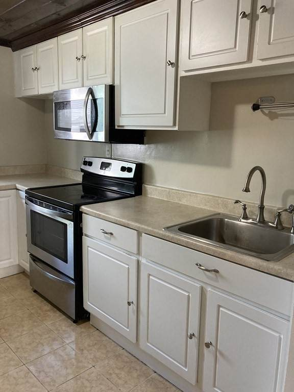 19 Dover St #19, Haverhill, MA 01830 (MLS #72796506) :: EXIT Realty