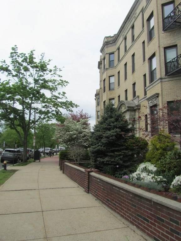 65 Park Drive - Photo 1